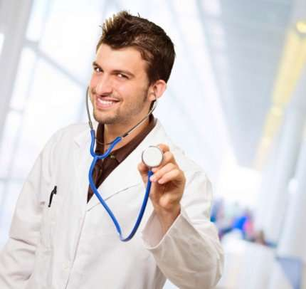 Camici bianchi 'rubacuori', con web sempre piu' avance ai medici